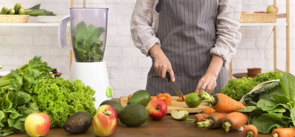 Can you use a food processor as a blender?